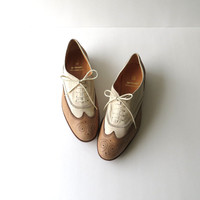 80's Gravati Wingtip Oxfords Designer Vintage Tan and Cream Lace Up Flats Loafers Women Size 8 1/2