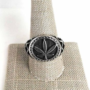 Stainless Steel Cannabis Leaf Ring