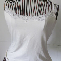 White Tank Top Lacey Tank Top with insert Yoga Tops sz S