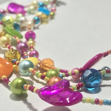 Vtg Colorful Abstract Beaded Necklace / Bold Flashy Rainbow Pop Art Jewelry / Multi Strand Necklace / Dyed Shell / Faux Pearl / Seed Beads
