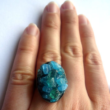 Raw apatite ring - adjustable ring - brass ring - raw stone ring - natural stone ring - cocktail ring - chunky ring - blue gemstone ring