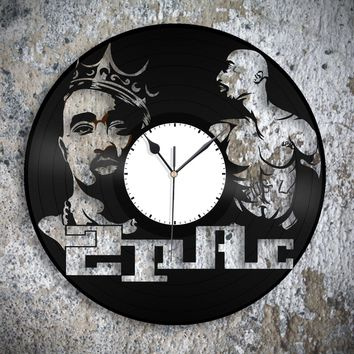 Tupac 2Pac Art Clock, Hip Hop, Underground Rap Music Wall Decor, Recycled Gift Idea, Unique Decorations, Vinyl Album Clock, Retro Deco Art