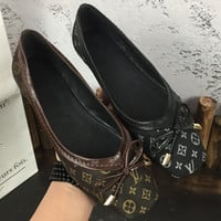 LV Louis Vuitton 2018 new cloth shallow square head shoes scoop shoes flat shoes comfortable wild soft shoes F-M-ASML