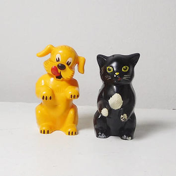 Retro Salt and Pepper Shakers Plastic Yellow Dog and Black Cat Vintage