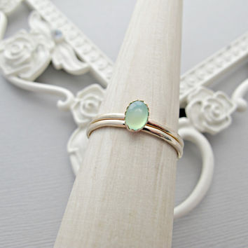 14k Gold Ring SET, Minimalist Gold Ring, Oval Gemstone Ring, Stackable Ring, Engagement Ring, 14kt Gold Ring, Green Chrysoprase, Solid Gold