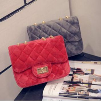 mini bag velvet retro shoulder bag ladies wave small fragrance Lingge chain chain Messenger bag