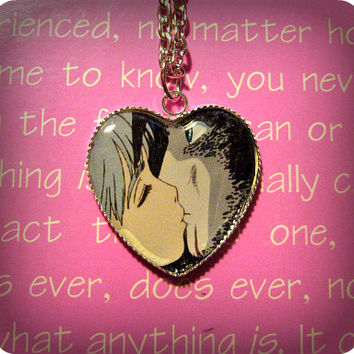 Sophie & Howl Kiss (Howl's Moving Castle) Necklace Pendant