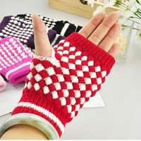 Women Men Woolen Gloves Fingerless Plaid Half Finger Gloves Knitted Gloves Warm Wrist Fashion WInter Use