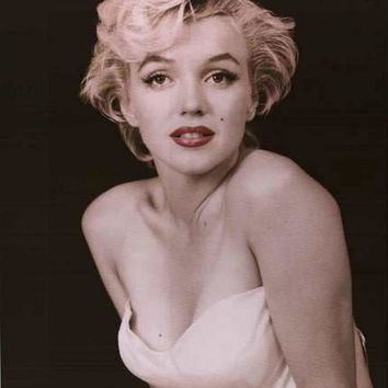 Marilyn Monroe Red Lips Portrait Poster 24x36