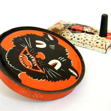 Halloween noise makers  vintage instant by Mylittlethriftstore