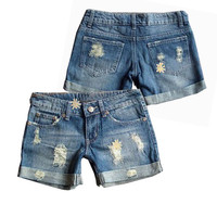 Women Cheap Jean Shorts Plus Size Flanged Edge Short Summer Style Loose Denim Hole Shorts Jeans Bermudas Feminina Short Feminino