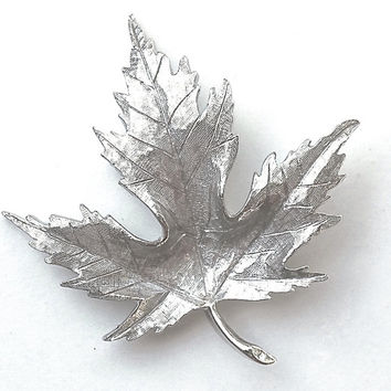 AVON of BELLEVILLE Vintage Brooch,Maple Leaf Pin,BOUCHER Designed,Rare Signed & Numbered Pin,SilverTone Brooch,Collectible Jewelry,Lapel Pin