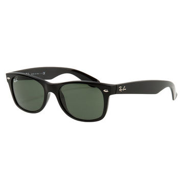 The New Wayfarer Classic Sunglasses in Black with Classic Green Lenses