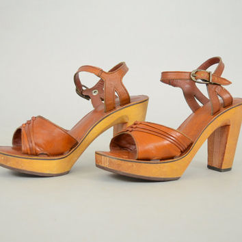 d5b1822f8aa vtg 70s BARE TRAPS Stripe Wood + Leather PLATFORM Sandals Heels
