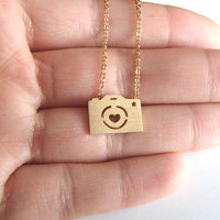 Dainty Camera Necklace for Photography Lovers