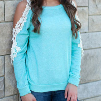 Green Lace Accent Shoulder Cutout Long Sleeve T-shirt