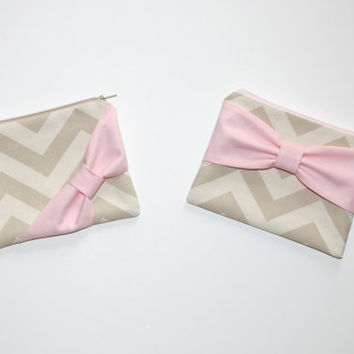 Zipper Pouch / Cosmetic Case - Natural Beige Chevron with Light Pink Bow - Choice of Bow Style