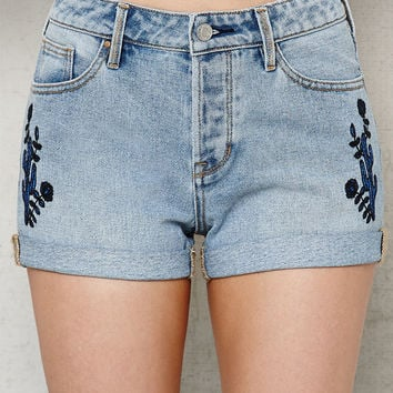 PacSun Ashburry Embroidered Cuffed Denim Girlfriend Shorts at PacSun.com
