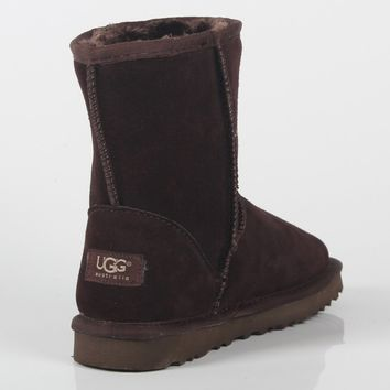 UGG 2018 winter new plus velvet warm female models in the boots against ski boots