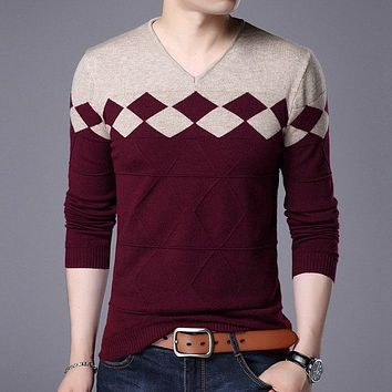 Autumn Winter New Men's Sweaters Slim Fit Long Sleeve Fashion Argyle Pattern Pullovers V-neck Wool Male Casual Sweater