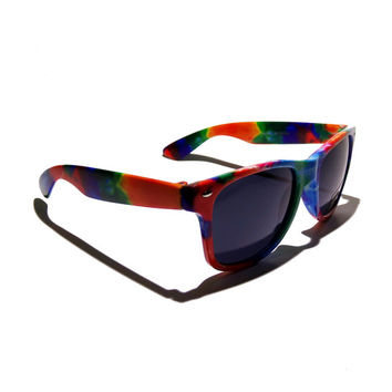 Free Shipping, Rainbow Tie Dye Sunglasses in a hippy hippie retro wayfarer style with uv400 protection