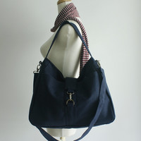 CHRISTMAS SALE - 20% - Ashley in navy blue // Messenger / Diaper bag / Tote bag / Purse / Handbag / Shoulder bag / Women / For her