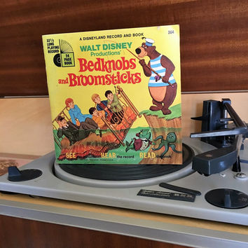 Vintage 1971 Bedknobs and Broomsticks by Disneyland Records - Story Book and Vinyl Record / Walt Disney Productions