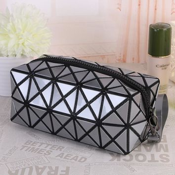 Geometric Zipper Cosmetic Bag