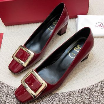 Roger Vivier Women Fashion Simple Casual Low Heeled Shoes