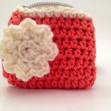 Coin Purse  Pink Crochet Coin Purse with White Flower by Parachet