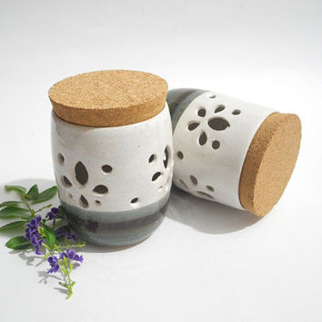 Garlic Storage Jar with Cork Lid, Ceramic Kitchen Storage Ideas, Handmade Pottery in White Grey and Brown