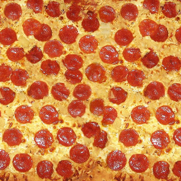 'Delicious Pepperoni / Salami Pizza - Pattern with extra cheese' by badbugs