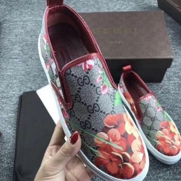 Gucci Flowers Design Loafer Shoes Flat Casual Shoes3
