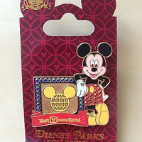 disney parks walt disney world jewerly mickey mouse pin new with card