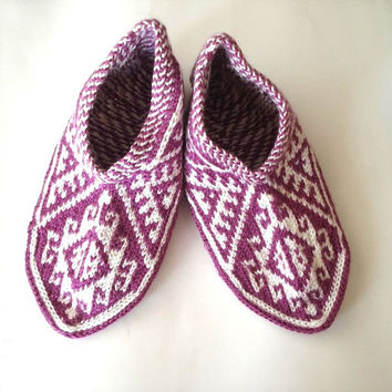 orchid pink and white Turkish traditional Handmade Knitting Socks / Slippers, booties, knitted home shoes, womens slippers, house shoes