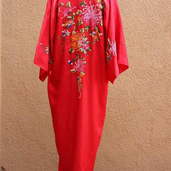 Vtg Chinese Silk Robe Floral Hand Embroidery Red Midi Length One size fits most Golden Dragon