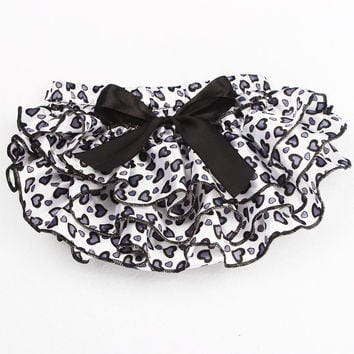 Hearts Baby Ruffle Bloomers Satin Newborn Diaper Cover Baby Photography Props Costume Clothing Cake Smash Outfit KS009