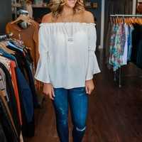 SOUTHERN SASS TOP - IVORY