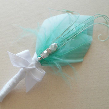 Art Deco Wedding Groomsmen Boutonniere Mint, Green, White Feather Boutonniere Lapel Pin Buttonhole