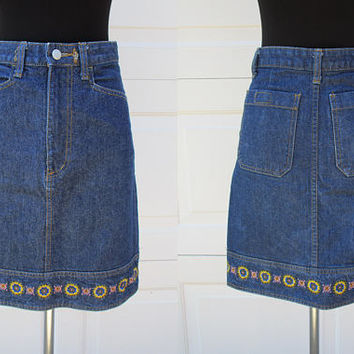 Lee Prestige Item Sanforized Denim Skirt Embroidered Flower Hem Jean Skirt Sz S