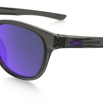 Oakley Stringer Sunglasses Grey Smoke Frame Violet Iridium Lens
