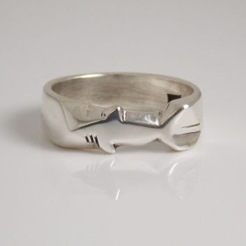 hand Carved Shark Ring in Sterling Silver 925 (Made To Order )