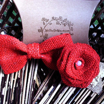 Red burlap bow tie | red burlap boutonniere | bow tie and boutonniere set | Clip on bow tie | rustic wedding | rustic bow tie | red wedding