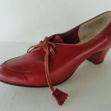 Vintage 1940s American Red Cross Red Heels - 6