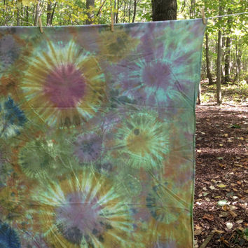 Earth Tone Tie Dye Bubble Tapestry