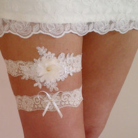 Free ship Champagne ivory bridal garter set toss garter wedding bride