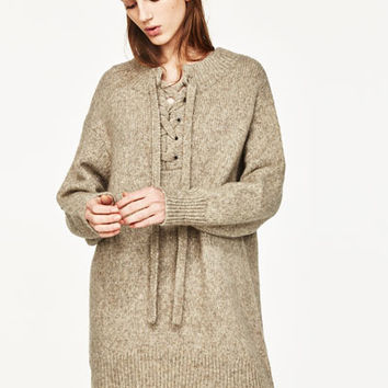 OVERSIZED DRESS WITH FRONT CORD DETAILS