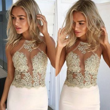 DCCK6HW Fashion Halter Sleeveless Perspective Embroidery Hollow Lace Crop Tops
