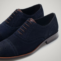 SUEDE BROGUES - Essentials - MEN - United States of America / Estados Unidos de América