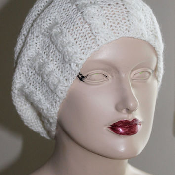 Hand Knitting White Women Hat / Slouchy  Women Hat /  Knitted Chunky Knit Accessory